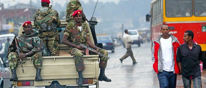 """سيارات قادمة من السودان… مفاجأة """"خطيرة"""" على حدود إثيوبيا"""