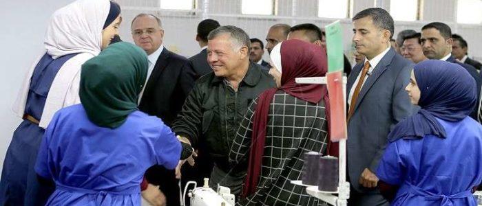 العاهل الأردني يصدر مرسوما بتشكيل الحكومة الجديدة وتسريبات لأسماء 28 وزيرا
