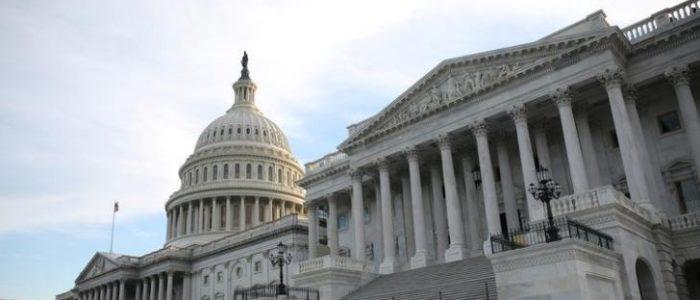 الكونجرس الأمريكي سيراجع بيع ذخائر دقيقة التوجيه للسعودية والإمارات
