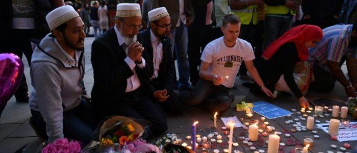 بريطانيا تحيي الذكرى الأولى لضحايا اعتداء مانشستر