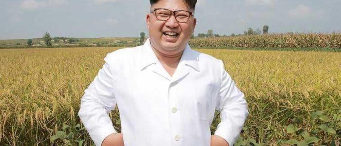 صحفيون أجانب يصلون كوريا الشمالية في إشارة لبدء إغلاق موقع نووي