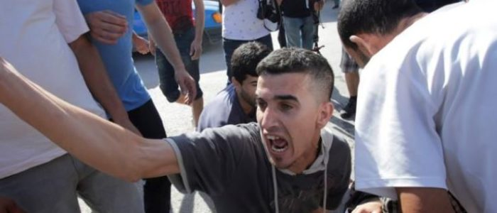 والد زعيم احتجاجات الحراك الشعبي بالمغرب يقول إن ابنه بدأ إضرابا عن الطعام