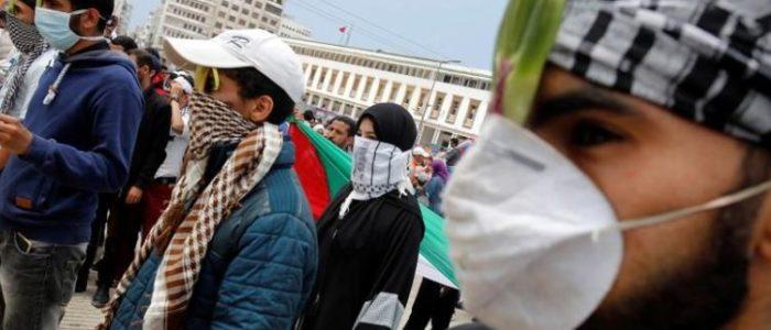 الآلاف في المغرب يحتجون على نقل السفارة الأمريكية إلى القدس