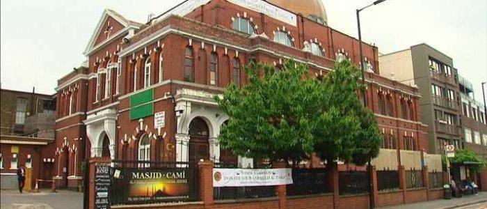 """مسجد بريطاني يعلن قبول """"الصدقات الرقمية"""""""