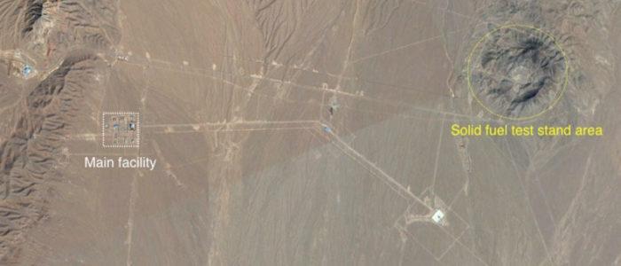 إيران تطور صواريخ عابرة للقارات سراً في الصحراء.. خطأ صغير كشف تفاصيل البرنامج بالكامل للخبراء الأمريكيين