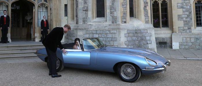 الأمير هاري يأخذ عروسه ميجان في جولة بسيارة بـ500 ألف دولار