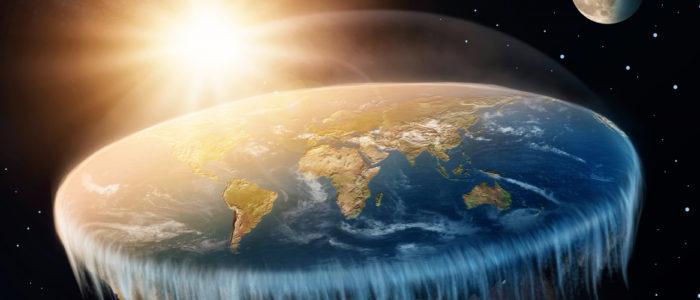 يؤمنون أن الأرض مسطحة والناسا تخدعهم