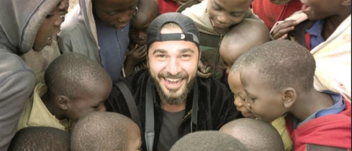 """""""أرطغرل"""" يحفر آبار مياه في إفريقيا.. يقود حملة للفت أنظار العالم إلى القارة السمراء"""