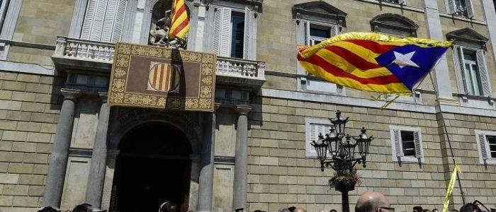 """الاستخبارات الإسبانية تتهم """"مؤسسات روسية"""" بالتدخل في قضية كتالونيا"""