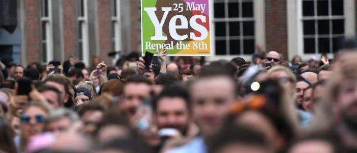 """إيرلندا تلغي الحظر على الإجهاض في """"ثورة هادئة"""""""