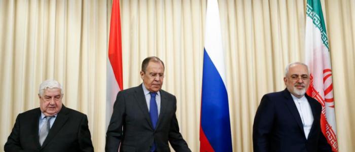 """هل بدأ تصدُّع التحالف الإيراني الروسي في سوريا؟.. عليك إذن أن تفتش عن """"إعادة الإعمار وإسرائيل"""""""