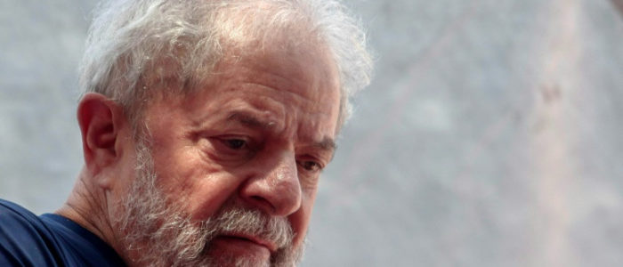 """الرئيس البرازيلي الاسبق لولا ينتقد """"مهزلة قضائية"""" ويطالب بانتخابات """"ديموقراطية"""""""