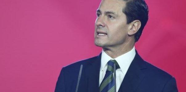 رئيس المكسيك يقول لترامب إن بلاده لن تدفع تكلفة بناء جدار على الحدود