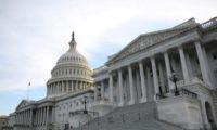 بدء الجلسات العلنية في الكونجرس الأمريكي في إطار إجراءات عزل ترامب