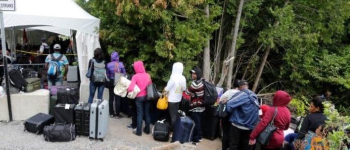 تورونتو الكندية تطلق خطة طوارئ لتسكين طالبي اللجوء