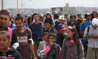 أطفال مفصولون عن ذويهم عند الحدود الامريكية ينتحبون في تسجيل صوتي