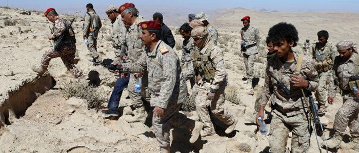 التحالف الذي تقوده السعودية يوجه ضربات جوية لمطار الحديدة اليمني