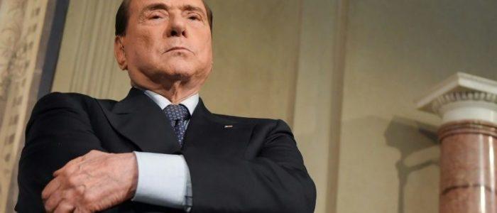 نقل رئيس وزراء إيطاليا السابق برلسكونى للمستشفى