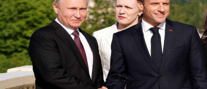 بوتين رحب بماكرون بعيدا عن التملق