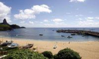 """أول طفلة """"ترى النور"""" في جزيرة برازيلية منذ سنوات"""