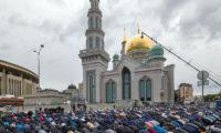 يصومون 20 ساعة ويجتمعون في خيم رمضانية روسية.. الصائمون هنا يصالحون خصومهم في رمضان