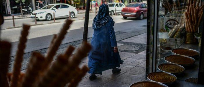 """السوريون في قلب النشاط التجاري في غازي عنتاب التي تحولت الى """"سوريا المصغرة"""""""