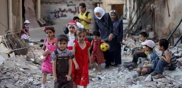 مدنيون يفرون من القتال في جنوب غرب سوريا