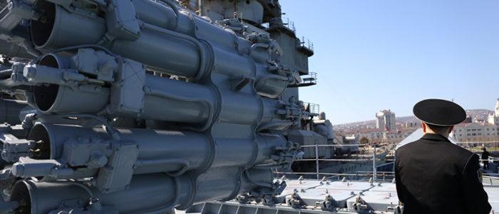 """بوتين: صواريخ """"كاليبر"""" ستدخل الخدمة الدائمة في البحر المتوسط"""