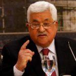 """بريطانيا: تصريحات عباس بشأن المحرقة النازية """"مقلقة بشدة"""""""