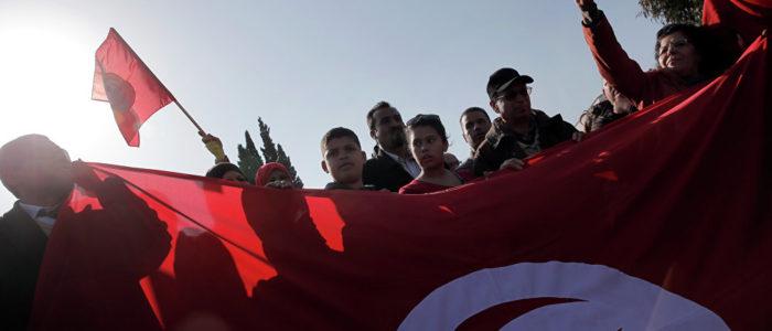 """الجيش الليبي يقبض على سيارة محملة بمستندات تخص """"داعش"""" في درنة"""