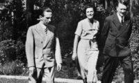 انتقام المصور من السيدة النازية الكبرى.. الأرشيف يكشف أسرار المخرجة التي روجت لهتلر وعينها على هوليوود