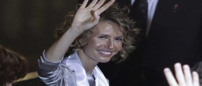 للمرة الثالثة على التوالي.. أسماء الأسد تستقبل عائلة متفوقة