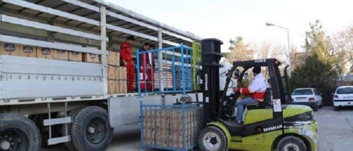 إيران ترسل 160 حاوية أدوية ومعدات طبية إلى السعودية