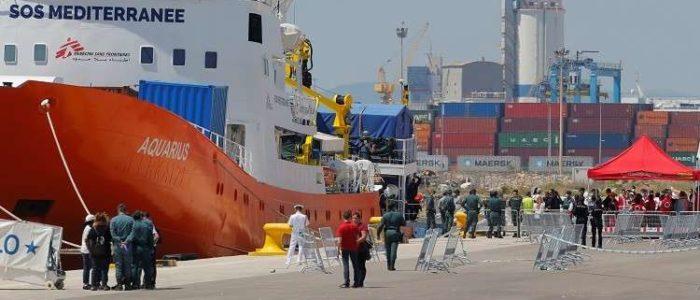 الاتحاد الأوروبي يدرس إقامة مراكز للمهاجرين خارج التكتل