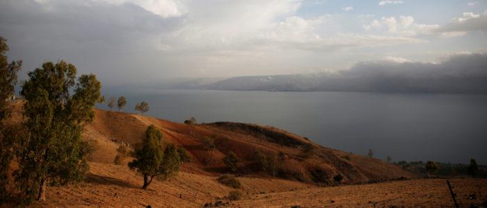 بحيرة طبرية جفت!.. إسرائيل تضع خطة بعشرات الملايين من الدولارات لإنقاذها.. لماذا؟