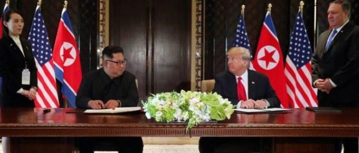 """كيم وترامب يوقعان إعلانا مشتركا وصفه ترامب بأنه """"شامل ومهم جدا"""""""