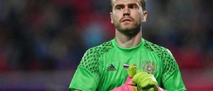 حارس مرمى روسيا: نتفهم أننا لن نواجه دمى.. هناك 19 لاعبا في مصر بخلاف صلاح