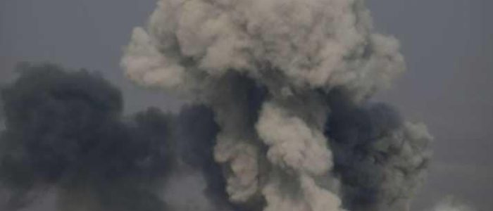 وسائل إعلام رسمية تقول إن أمريكا قصفت مواقع سورية وواشنطن تنفي