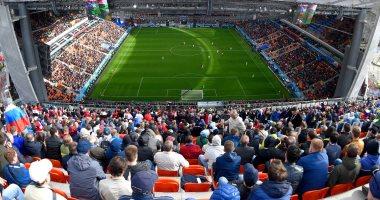 الجارديان: الفيفا يحقق فى خلو مقاعد خلال مباراة مصر وأوروجواى