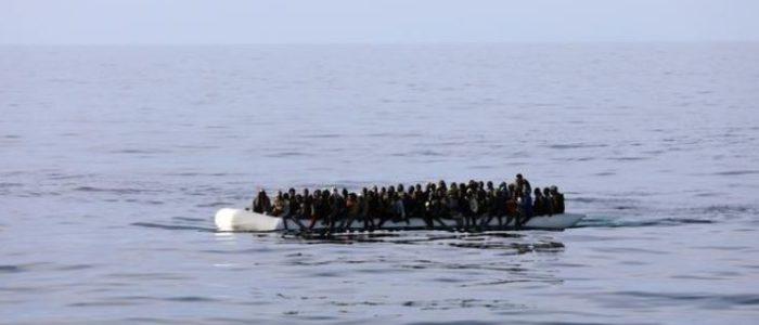 قائد بخفر السواحل في ليبيا يقول إنه يضرب المهاجرين من أجل حمايتهم