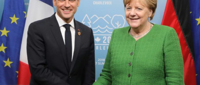 ميركل تلتقي ماكرون وسط أزمة الهجرة قبل قمة الاتحاد الاوروبي