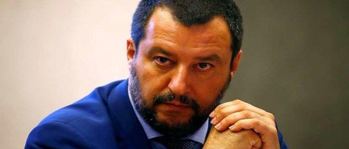 وزير إيطالي يحذر من احتمال تفكك الاتحاد الأوروبي