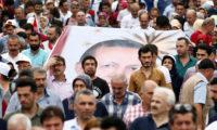 كل ما تريد معرفته عن الانتخابات التركية من التبكير بالسباق الرئاسي إلى خطة أردوغان البديلة إذا فقد الأغلبية في البرلمان