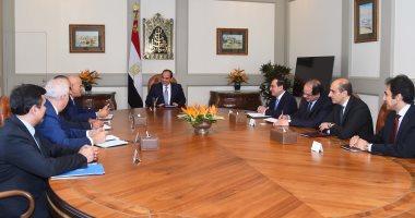 """السيسي يستقبل رئيس """"إينى"""" ويؤكد أهمية الالتزام بالجدول الزمنى لتطوير حقل """"ظُهر"""""""