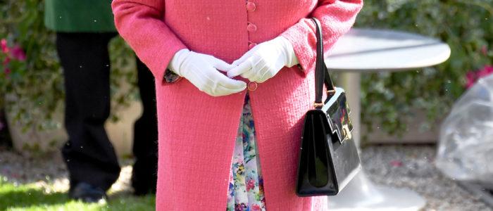 """الملكة إليزابيث الثانية تقر مشروع قانون """"بريكست"""""""