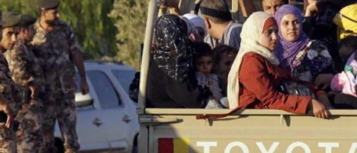الأردن ترسل مساعدات إلى النازحين داخل سوريا