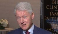 """بالفيديو.. كتاب """"الرئيس المفقود"""" لـ"""" بيل كلينتون وجيمس باترسون"""""""