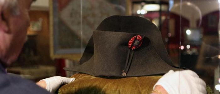 بيع قبعة نابليون في مزاد علني بـ400 ألف دولار والمالك مجهول الهوية