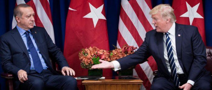 أردوغان يتحدي ترامب ويخبره بإصراره لشراء الغاز الإيراني