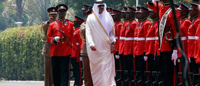 لقاء سري بين ملك المغرب وأمير قطر